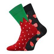 Trendy ponožky Jahody - každá ponožka iná