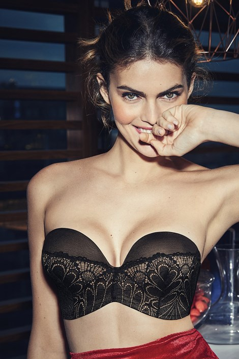 Podprsenka Wonderbra Ultimate Strapless Push Up 01